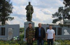 Поисковики обнаружили останки 11 солдат РККА в Неклиновском районе, три медальона прочитаны.